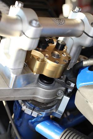 Scotts Steering Stabilizer