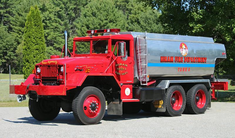 Tank 4 1975 Am General / Tech Weld Tank 2800 Gallons