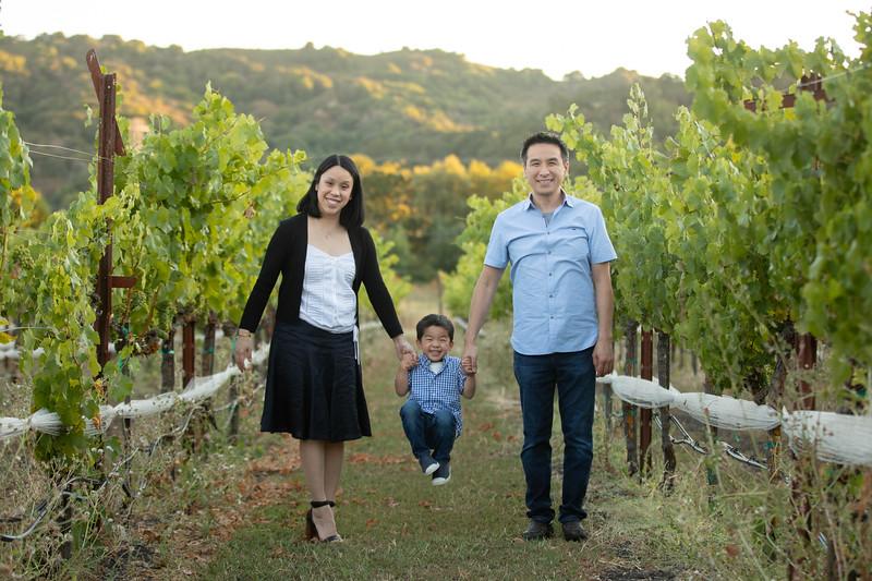 Nguyen Family-67.jpg