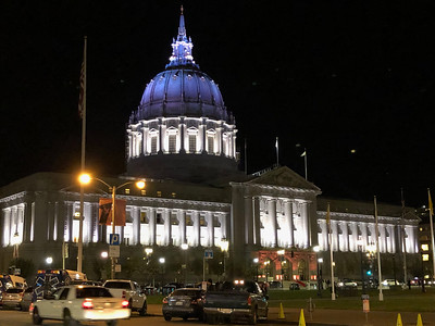 SF City Hall after dark 2017-11