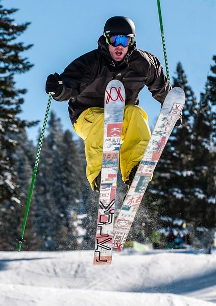 Skiing-14.jpg
