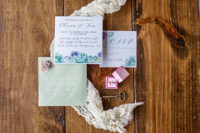 Daria_Ratliff_Photography_Styled_shoot_Perfect_Wedding_Guide_high_Res-30.jpg