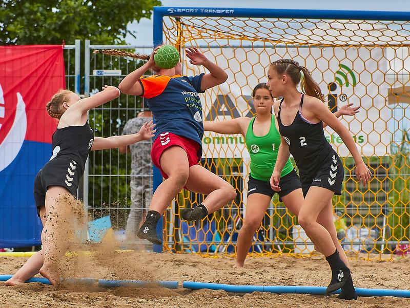 Molecaten NK Beach Handball 2017 dag 1 img 397.jpg