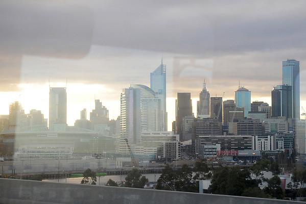 USA West leaves Melbourne, July 13, 09