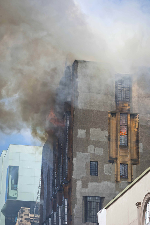 . A fire engulfs the Glasgow School of Art Charles Rennie Mackintosh Building on May 23, 2014 in Glasgow, Scotland.  (Photo by Chris Watt/Getty Images)