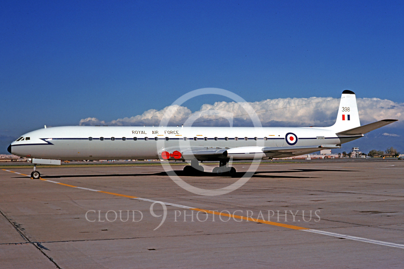 de Havilland Comet 00002 de Havilland Comet British RAF XR388 June 1975 by Michael Grove, Sr..JPG