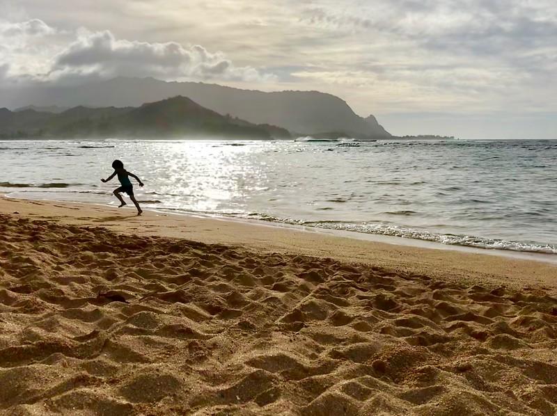 Malia running on Pu'u Poa Beach