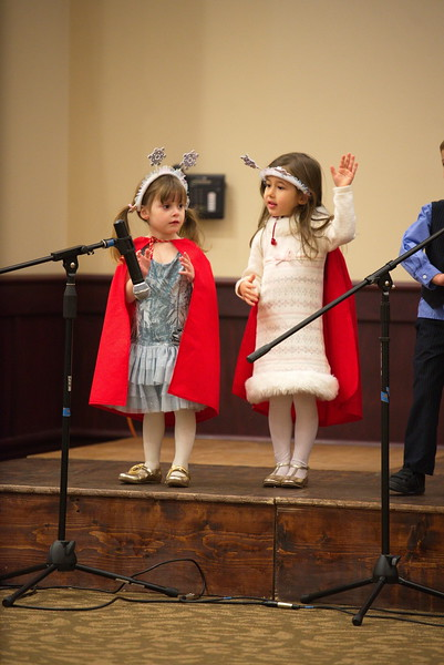 2017-12-17-Christmas-Pageant_190.jpg