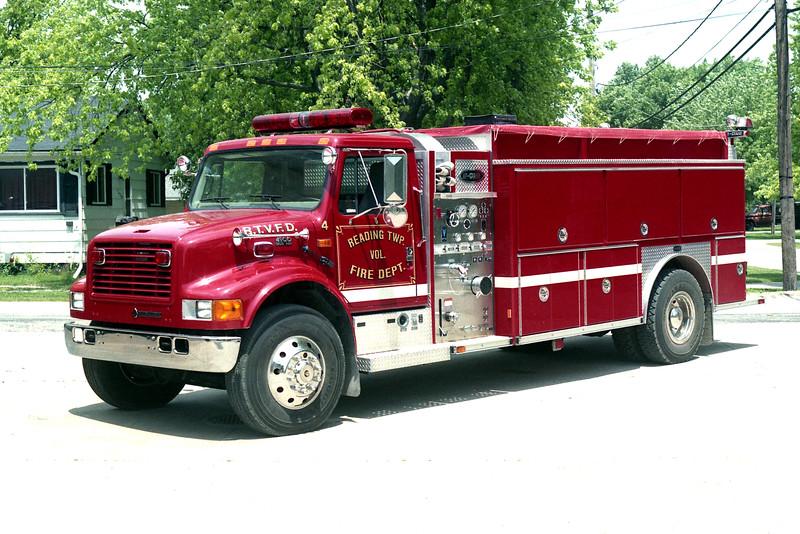READING TOWNSHIP  ENGINE 4  1999 IHC 4900 - E-ONE 500-1800.jpg
