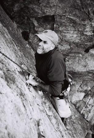 Tung Lung Climbing 3.jpg