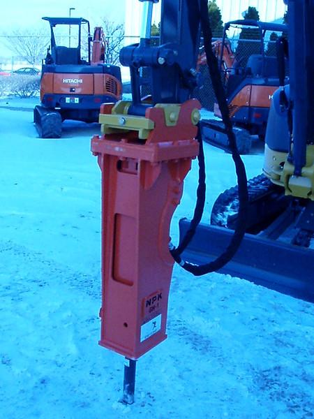 NPK GH1 hydraulic hammer on Deere mini excavator (4).JPG