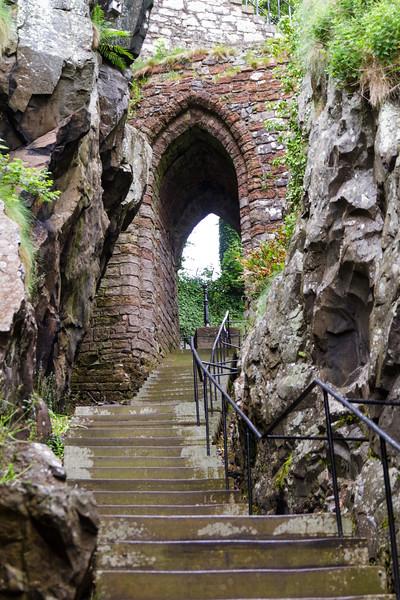 Dumbarton Castle - 06.jpg