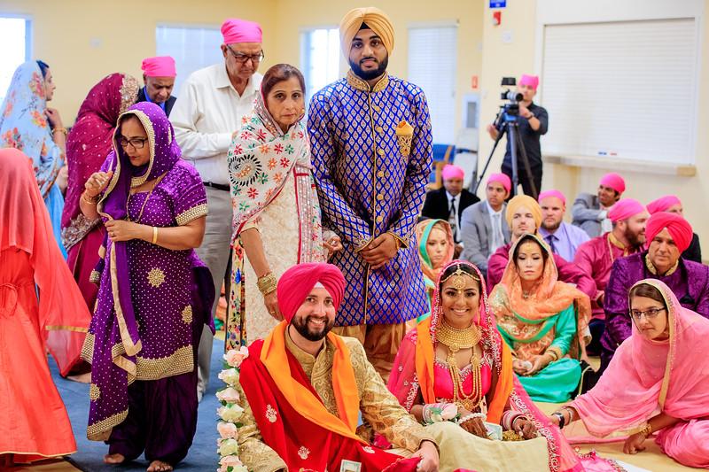 Neelam_and_Matt_Gurdwara_Wedding-1496.jpg