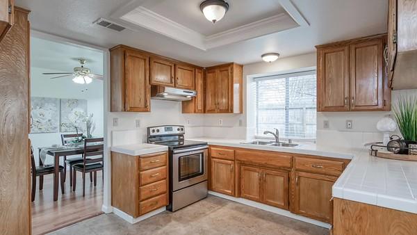 7466 N Woodrow Ave