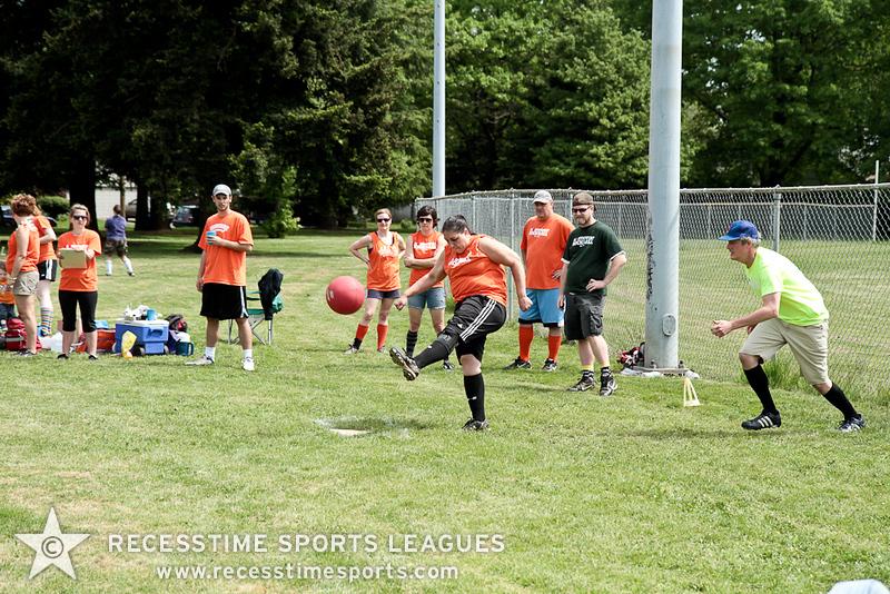 kickballspring2012TRNY-49.jpg