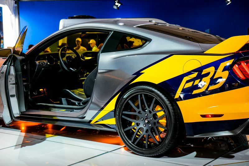 Ford Mustang F-35 Side