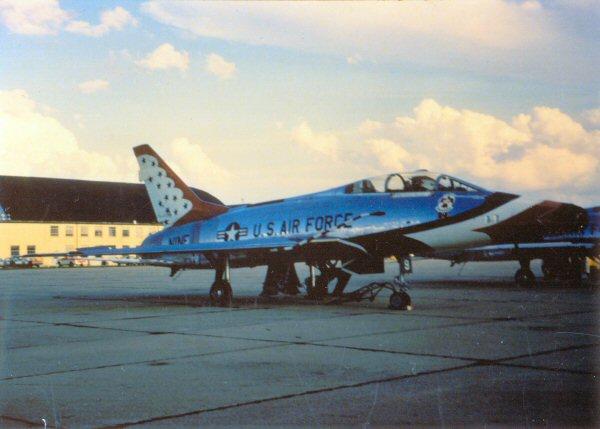 Thunderbird F-100F TB9