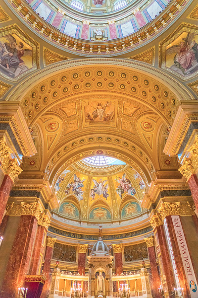 Europe-Hungary-Budapest-Saint-Stephens-Basilica-6521.jpg