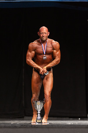 MASTERS BODYBUILDING OVER 40