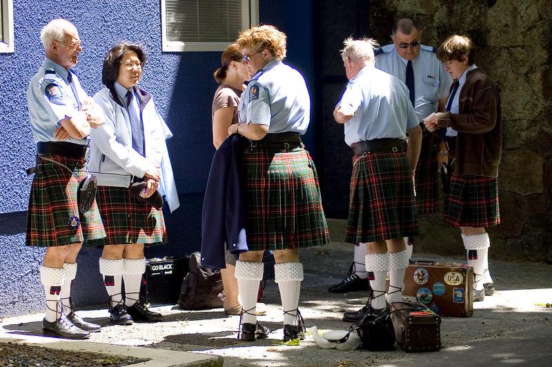 The scottish contingent Santa Parade Auckland  New Zealand - 27 Nov 2005