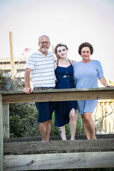 Topsail Island Family Photos-104.jpg