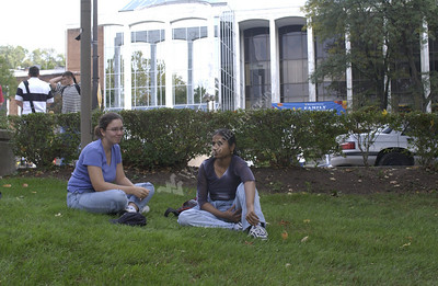 22374 Campus scenes students