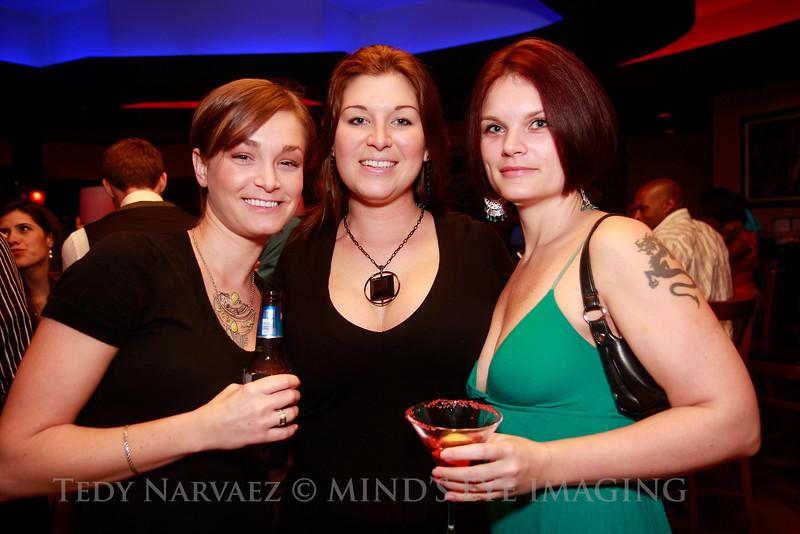 Jillian (L), Patricia & Amara (R)