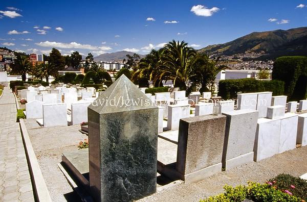 ECUADOR, Quito. Jewish cemetery (7.2005)