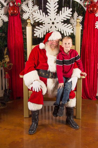 Santa 12-16-17-195.jpg