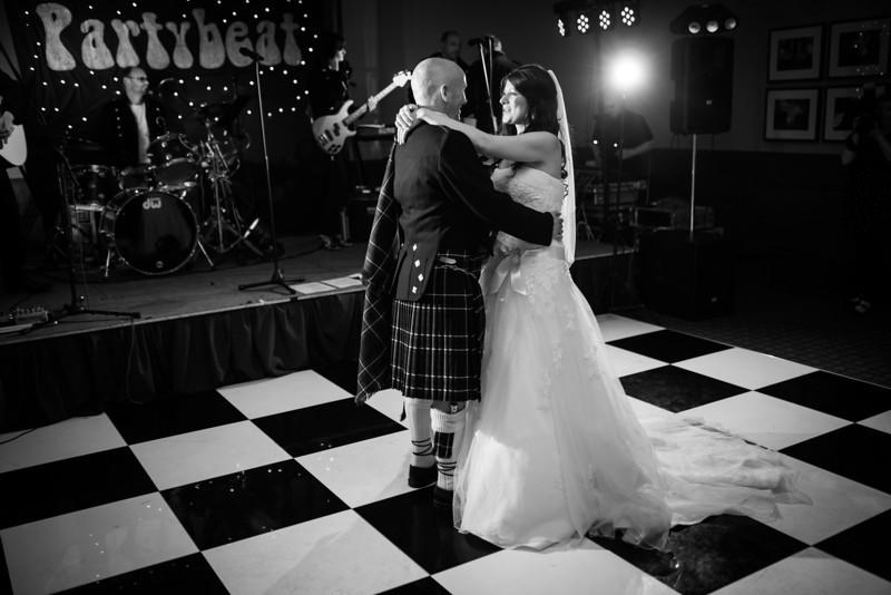 Emma & Nick Wedding-0514-650.jpg