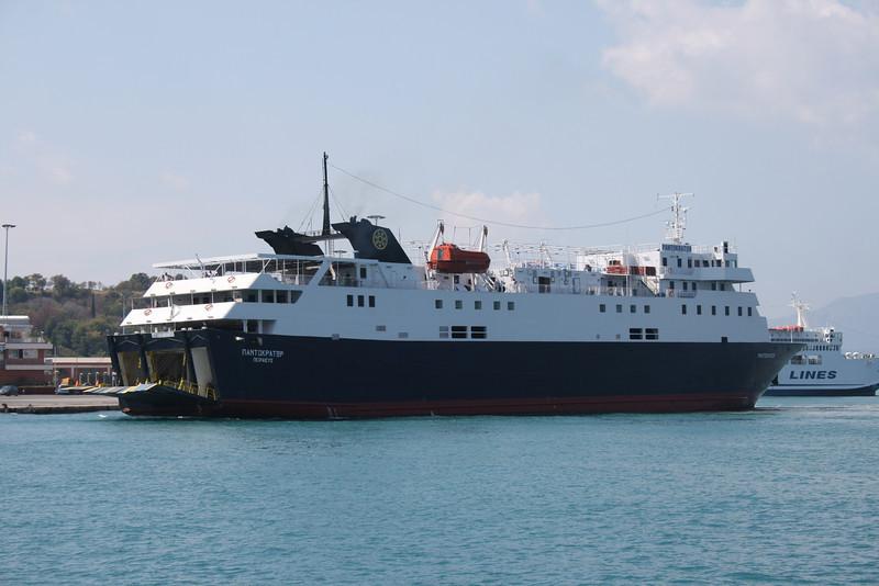 2009 - F/B PANTOKRATOR arriving in Corfu.