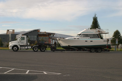 Mike Summerville's new 32 Bayliner MY