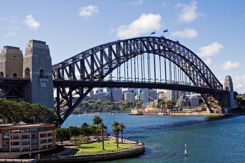 Sydney Harbour Bridge.jpg