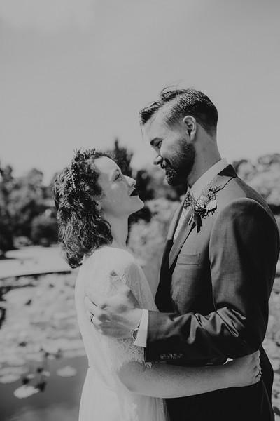 Bride and Groom-11.jpg
