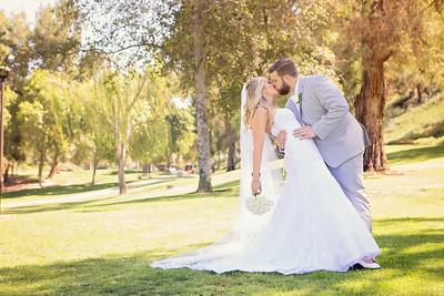 Zoetemelk Wedding - First Look - Romantics