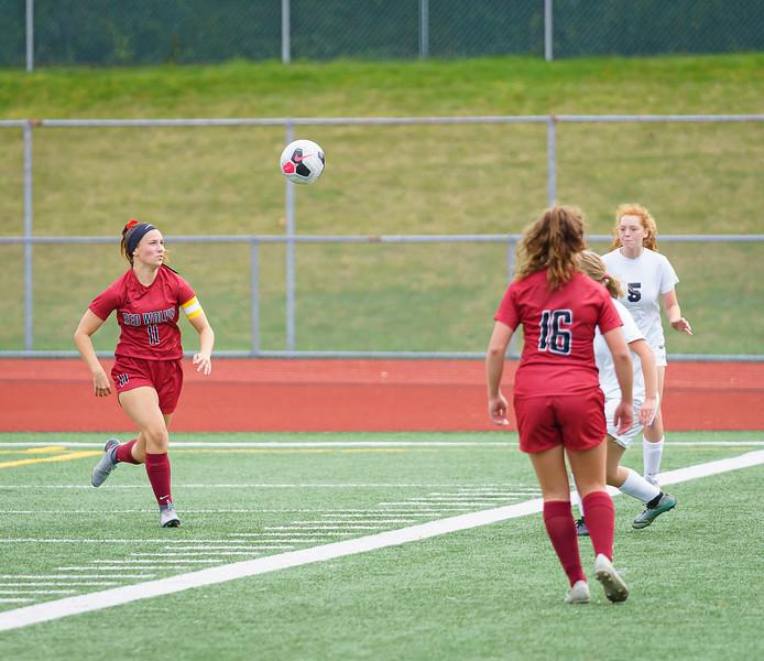 2019-09-28 Varsity Girls vs Meadowdale 113.jpg