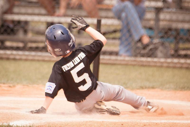 Younger Baseball-104.jpg