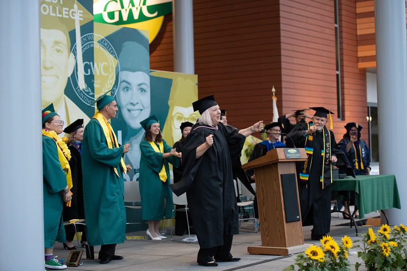 Graduation-2018-3717.jpg