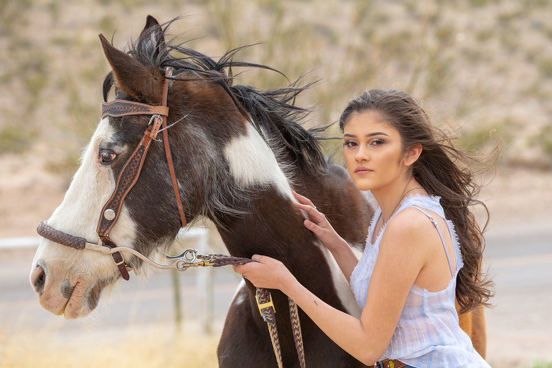 Horses Unlimited Rescue Benefit Photo Shoot El Paso Texas