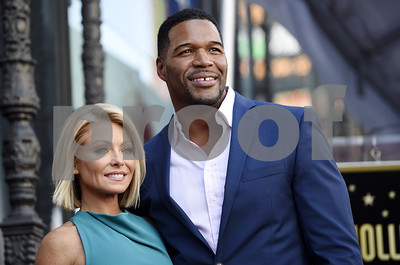 kelly-ripa-will-be-absent-from-live-with-kelly-and-michael-through-the-rest-of-the-week