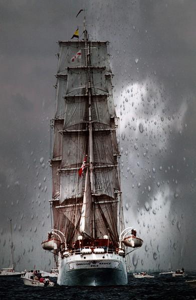 Boston harbor Christian Radiche.jpg