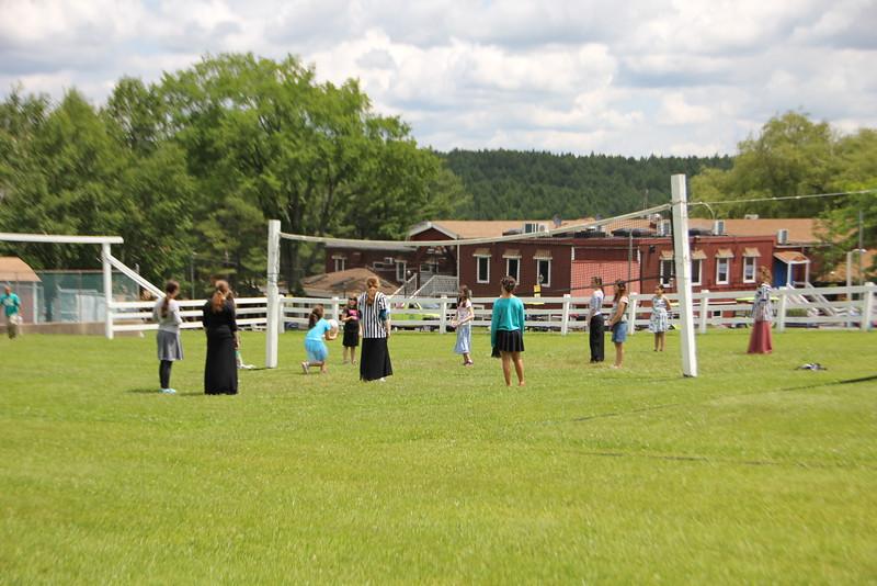 kars4kids_thezone_camp_GirlDivsion_activities_sports_Volleyball (23).JPG