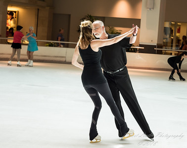 Daily Sightings:   2018-04-02   Ice Skating   Countryside Mall,Clearwater,Fl