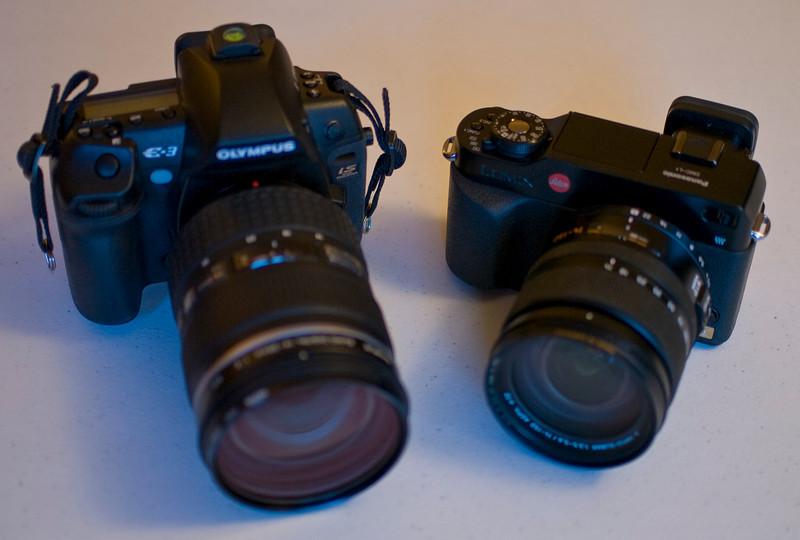 Sizes of E3+14-35 f/2 versus L1+14-150 f/3.5