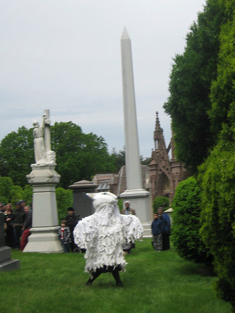 2009.05.17 Green-wood Cemetery