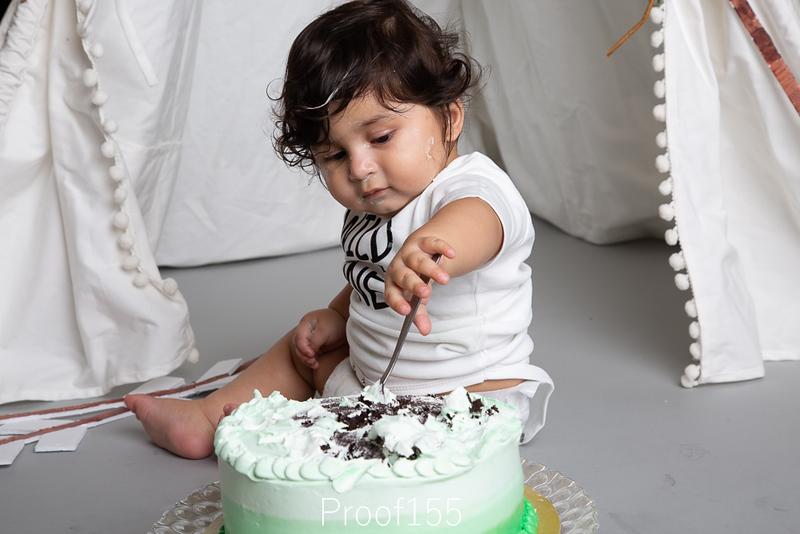 Shivam_Cake-Smash_Proof-155.JPG