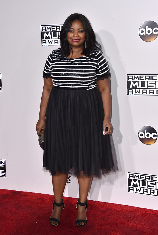 . Octavia Spencer arrives at the American Music Awards at the Microsoft Theater on Sunday, Nov. 20, 2016, in Los Angeles. (Photo by Jordan Strauss/Invision/AP)