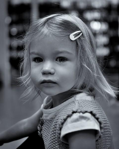 Lizzie Shoesbw999999999.JPG