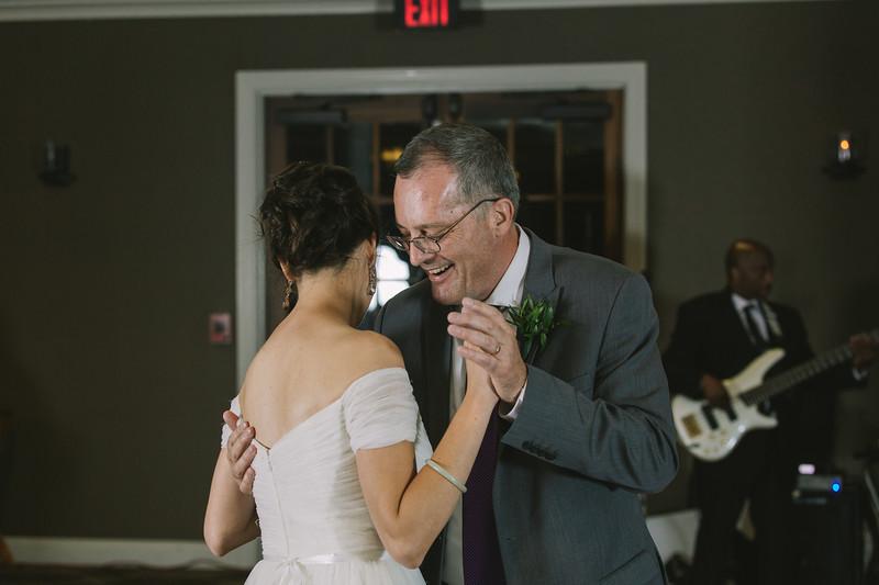 MP_18.06.09_Amanda + Morrison Wedding Photos-2923.jpg