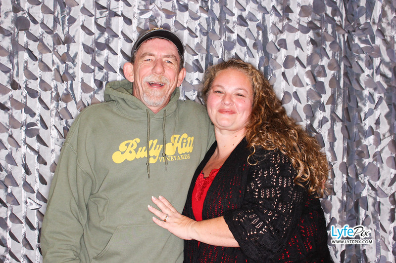 red-hawk-2017-holiday-party-beltsville-maryland-sheraton-photo-booth-0287.jpg